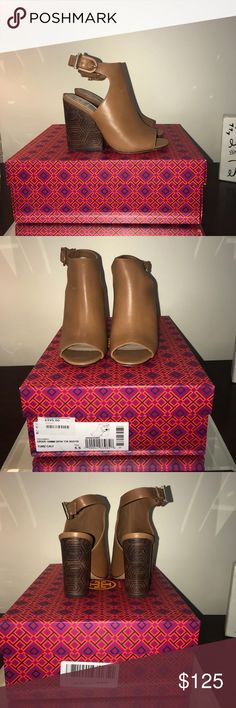 cf04c401bb6 Spotted while shopping on Poshmark  Tory Burch Grove 100mm Open Toe Size  5.5 New!