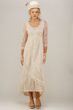 Nataya 40163 Downton Abbey Tea Party Gown in Ivory/Peach. I have this in rose and if I didn't know better I'd swear it was vintage / antique. Vintage Inspired Wedding Dresses, Vintage Style Dresses, Dress Vintage, Luxury Wedding Dress, Perfect Wedding Dress, Lace Wedding, Blush Dresses, Linen Dresses, Mode Vintage