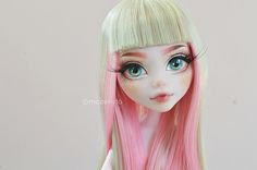 Mozekyto's Repaints and Customs ~ (Update) More yarn wigs!