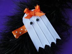 Ghost Sculpture Ribbon Hair Clip
