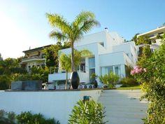 Villa de Vacaciones en La Herradura, Andalucía, España. 3 Dormitorios + 4 Baños + 7 Plazas > http://ow.ly/lQ61x #AlwaysOnVacation