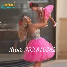 Cheap homecoming dresses, Buy Quality mini homecoming dresses directly from China hot pink homecoming dresses Suppliers: Sprkly Hot Pink Mini Homecoming Dresses 2017 Off-Shoulder Rhinestion Bodice Top Short Prom Gowns Tulle Vestidos Para Formatura Prom Gowns, Prom Party Dresses, Occasion Dresses, Homecoming Dresses, Ball Gowns, Dress Party, Wedding Dresses, Flower Girls, Flower Girl Dresses