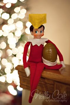 Elf is a Green Bay Packers fan Witt Green Bay Packers Fans, Little Christmas, All Things Christmas, Elf On The Shelf, Packers Baby, Packers Funny, Greenbay Packers, Der Elf, Elf Auf Dem Regal