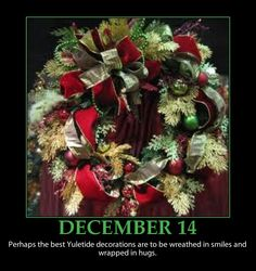Christmas Wreaths | DECEMBER 14 ~ INSPIRATIONAL CHRISTMAS QUOTE ~ Wreaths and Smiles - e ...