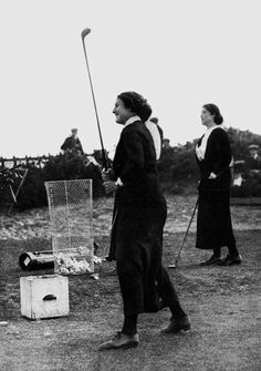 A PHOTOGRAPH OF MISS CECIL LEITCH  1914  British Women's Golf Champion