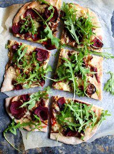 Vinterpizza med rødbeter