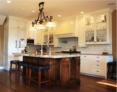 Designer Kitchens With Distressed White Cabinets Pics - http://thekitchenicon.com/wp-content/uploads/2014/02/Designer-Kitchens-With-Distressed-White-Cabinets-Pics-1556.jpg - http://thekitchenicon.com/designer-kitchens-with-distressed-white-cabinets-pics/