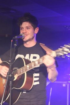 Iwan Rheon. Whaaaaat he does not sing and play guitar get out
