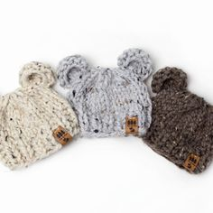 Quick and Easy Chunky Pompom Hat Free Knitting Pattern Free Chunky Knitting Patterns, Baby Hats Knitting, Knitting For Kids, Free Knitting, Chunky Babies, Lion Brand Wool Ease, Baby Hat Patterns, Baby Girl Hats, Pom Pom Hat