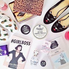 #flatlay #girlboss #lush