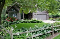 These split rail fences are perfect in all kinds of landscaping settings and would add a classic and casual touch to your yard and landscape design.