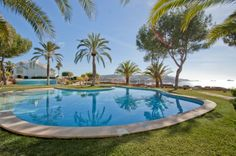 Located next to the new yacht harbour of Port Adriano, Mallorca, you will find this elegant garden apartment, with its own 70 sqm private garden, just next to one of the community pools of the complex. Private Garden, Beautiful Gardens, Pools, Real Estate, Community, Elegant, Luxury, Outdoor Decor, Majorca