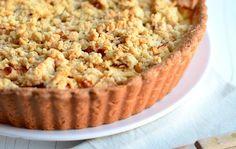 Appelkruimeltaart met gele room - apple crumble pie/ sounds & looks yummy! Apple Desserts, Apple Recipes, Sweet Recipes, Baking Recipes, Cake Recipes, Dessert Recipes, Pie Cake, No Bake Cake, Cake Cookies