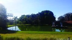 tirolesa no lago