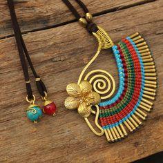 Тканые хлопка ожерелье с рукой в форме Медные от cafeandshiraz