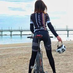 There are many different kinds and styles of mtb that you have to pick from, one of the most popular being the folding mountain bike. The folding mtb is extremely popular for a number of different … Cycling Girls, Cycling Wear, Road Cycling, Cycling Outfit, Cycling Clothes, Female Cyclist, Cycling Motivation, Road Bike Women, Sport