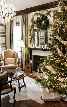 neutral Christmas decor. I love the burlap on the Christmas tree, I may be doing that this year :)