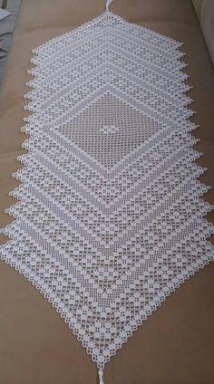 Best 9 Tejido – Page 364650901079197260 Crochet Dragon Pattern, Crochet Table Runner Pattern, Crochet Tablecloth, Crochet Diagram, Filet Crochet, Crochet Motif, Crochet Doilies, Crochet Lace, Baby Booties Knitting Pattern