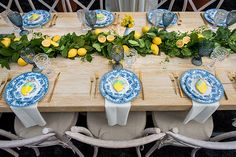 Italian Party, Italian Themed Parties, Italian Lunch, Italian Bridal Showers, Lemon Centerpieces, Lemon Party, Mediterranean Wedding, Baby Shower Themes, 1st Birthday Parties