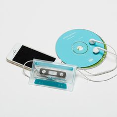 Play!Cassette earphone pouch for turning on your music.
