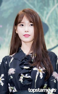 IU 160824 MoonLovers Press Conference