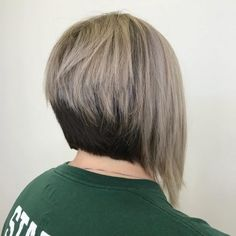 : Chic Bob Haircuts 2019 61 Charming Stacked Bob Hairstyles that Will Brighten You Bob Hairstyles 2018, Inverted Bob Hairstyles, Bob Hairstyles With Bangs, Short Bob Haircuts, Easy Hairstyles, Bob Haircut Back View, Bob Haircut For Fine Hair, Layered Bob Hairstyles, Short Hair Styles