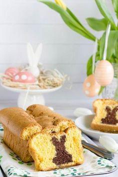 Húsvéti piskóta meglepetéssel recept Krispie Treats, Rice Krispies, My Recipes, Recipies, Vanilla Cake, Muffin, Food And Drink, Easter, Baking
