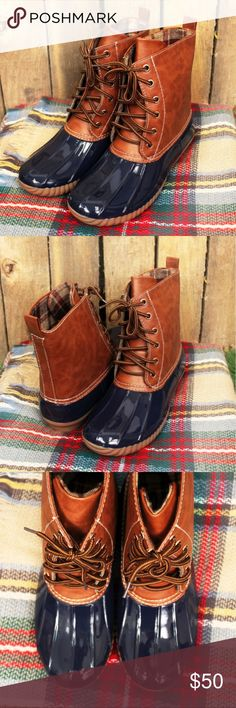 🔜 Navy Duck Boots 🦆🍂 These duck boots in navy and cognac are plaid lined and are made of faux leather and a glossy PVC.  Perfect for the upcoming cold fall and winter months! COMING SOON! 🦆 Shoes Winter & Rain Boots