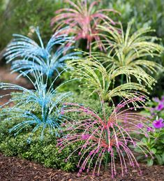 Glass Beaded Spray Garden Stakes, Set of to find out how to make them---I'm thinking all the beaded wire is gathered and stuffed into a metal tube? Outdoor Crafts, Outdoor Art, Glass Garden Art, Glass Art, Garden Totems, Garden Crafts, Garden Projects, Kew Gardens, Outdoor Gardens