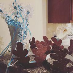 Elsa wands and Sven Antlers. Frozen Halloween, Antlers, Wands, Birthday Ideas, Elsa, Artwork, Home Decor, Horns, Work Of Art
