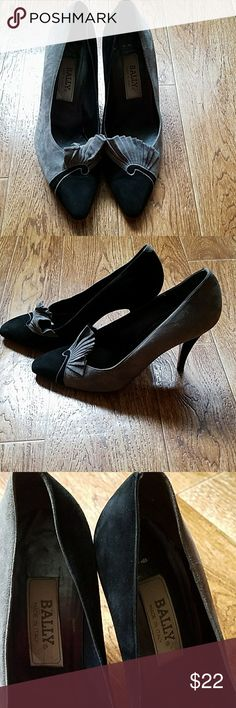 c9735e5103 Vintage 80 s Bally ladies heels Super cute gray and black suede Bally (Made  in Italy