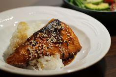 Uusi arkiherkku - teriyakilohi riisillä ja salaatilla: Kipparin morsian Steak, Grains, Rice, Food, Essen, Steaks, Meals, Seeds, Yemek