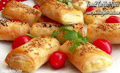 Potato Dumpling Recipe From Baklava Pastry potato al horno asadas fritas recetas diet diet plan diet recipes recipes Easy Cake Recipes, Diet Recipes, Potato Dumpling Recipe, Baklava Recipe, Pastry Recipes, Homemade Beauty Products, Fresh Rolls, Food And Drink, Potatoes