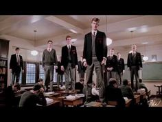 """dead poet's society / 1989 movie / """" o captain, my captain"""" / starred robin williams Robin Williams, Josh Charles, Carpe Diem, Sean Leonard, Trailer Peliculas, Oh Captain My Captain, Dirty Dancing, Inspirational Quotes Pictures, Inspirational Movies"""