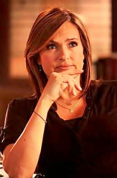 Olivia Benson- she's thinking- Are you serious right now