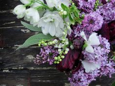 Grateful To Be A Midwestern Girl: Lilac + Lily Of The Valley == my two favorite favorite favorite flowers.