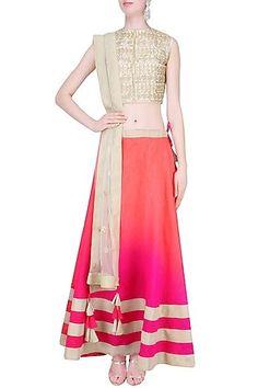Vasavi Shah presents Off white and pink gota cutwork lehenga set available only at Pernia's Pop Up Shop. Samant Chauhan, Mehendi Outfits, Neeta Lulla, Manish Malhotra, Engagement Outfits, Pernia Pop Up Shop, Cutwork, Classy And Fabulous, Designer Wear