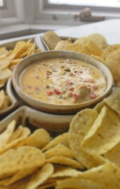 Superbowl Crockpot Queso Dip