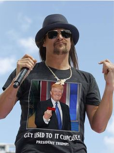"Kid Rock.. flying in the face of liberal ""entertainers"" like Bruce ""the douche"" Springsteen. GnG"