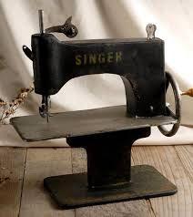 Resultado de imagen para vintage industrial sewing machine