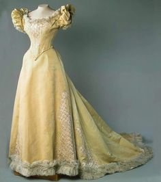 """Evening dress,c.a. 1890s.Worn by Empress Alexandra Feodorovna of Russia. State Hermitage Museum  """"AL"""""""