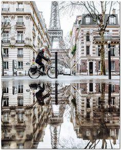 """If the Tour Eiffel is the sign of Paris, the Cathédrale de Notre-Dame de Paris is its heart. Sitting on the banks of the Seine, this splendid architectural masterpiece is a certain """"must-see"""". Oh Paris, Paris Girl, Paris In The Winter, Oh The Places You'll Go, Places To Travel, Places To Visit, Little Paris, Belle Villa, Paris Travel"""