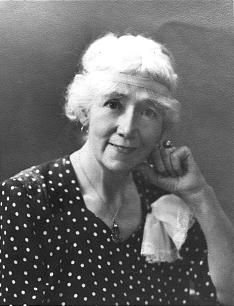 Minerva Teichert grew up on a ranch in Idaho as one of nine children, she somehow managed to find a way to study art in Chicago and New York under noted masters John Vanderpoel and Robert Henri during the 1940s and 1950s.  Traded some of her paintings to BYU in exchange for her children's tuition payments.