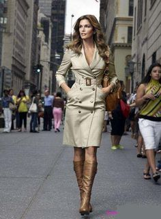 12 14 16 18 Choice of colour & style celebrity posh dressy 2011 trench coat 36 38 40 42 in the Coats category was sold for on 20 May at by Icontact in Cape Town Military Trench Coat, Trench Dress, Burberry Classic, Burberry Trench Coat, Burberry Scarf, Cindy Crawford, What To Wear, Ideias Fashion, Style Me