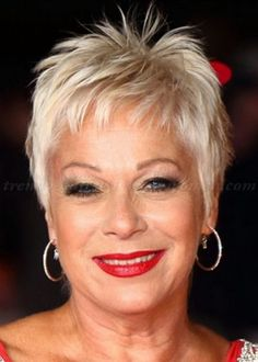 ideas hair cuts short blonde for women for 2019 Photos Of Short Haircuts, Short Hairstyles Over 50, Mom Hairstyles, Short Hairstyles For Women, Spiky Hairstyles, Celebrity Hairstyles, Classy Hairstyles, Hairstyle Short, Blonde Hairstyles
