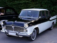 Le papa de mon ami d'enfance achète une Chambord d'occasion (la même). Pour moi, c'est une véritable voiture de prince.!.