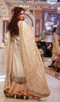 Pakistani dress. love the #dopatta...