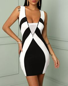 Contrast Color Sleeveless Bodycon Mini Dress Shop- Women's Best Online Shopping - Offering Huge Discounts on Dresses, Lingerie , Jumpsuits , Swimwear, Tops and More. Robe Bodycon, Mini Robes, Mini Vestidos, Stunning Dresses, Pattern Fashion, Fashion Outfits, Dress Fashion, Latex Fashion, Woman Fashion