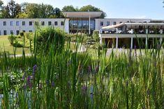 Spontane Auszeit: Schlosspark Mauerbach - The Chill Report Best Hotels, Europe, Wellness, Plants, Time Out, Plant, Planets