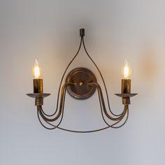 Aplique ZERO BRANCO 2 antiguo - Estupenda lámpara de pared con dos brazos de estilo clásico. Muy bonito en combinación con bombillas E14 de tipo vela.  #clasico #antiguo